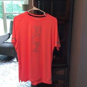 New Balance shirt sleeve shirt